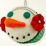 2012 hallmark snowman cupcake ornament